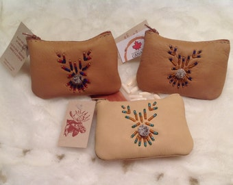 Wallet with special beading from Quebec, Canada native