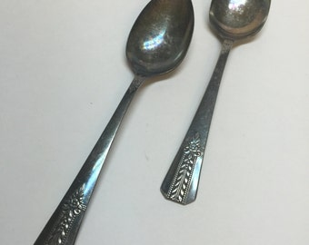 Vintage set of 2 large spoons Vernon silver plate collectable