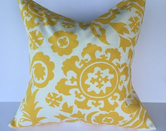 Throw pillow, accent pillow, throw pillow cover, decorative throw pillow cover, yellow pillow, yellow pillow cover, yellow and white pillow