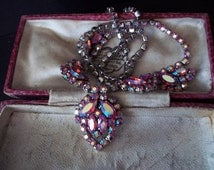 Collier.  Bijoux de fantaisie - Vintage necklace - Pretty choker - art deco - prom - dance - evening - crystal - rose - pink - vintage