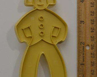 """Vintage STANLEY HOME PRODUCTS Dutch Gingerbread Boy Cookie Cutter 
