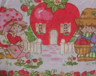 Vintage STRAWBERRY SHORTCAKE fitted single Twin Size Bed Sheet