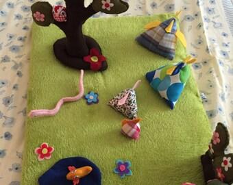 Carpets games for kids: family Kot-e-Kot