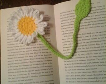 Crochet Daisy Bookmark