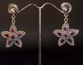 SALE-Silver Purple Spondylus Flower Earrings