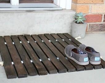 Wood plank door mat