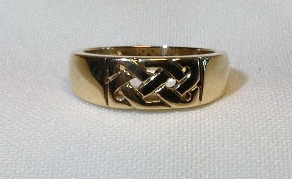 Womens Gold Celtic Wedding Band Ring Antique Celtic Knot
