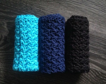 Set of 3 Crochet Cotton Washcloths, Turquoise/Blue, Navy and Black.