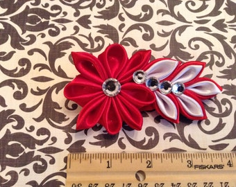 Hair clip, Red and White Flower.