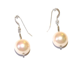 Large shell pearl earrings, very pale pink/cream