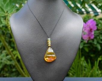 AP104 Artisanal Dominican Amber Pendant
