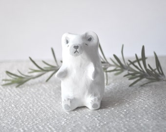 simple polar bear totem