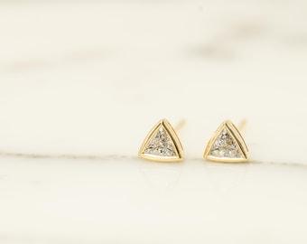 Triangle Diamond Stud Earrings in 14K Yellow Gold