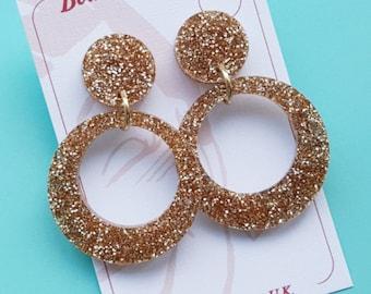 Classic Lucite Repro Gold glitter hoop earring - Vivien hoop