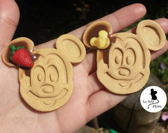 D-Land Resort Mouse Head Waffle Necklace Pendant