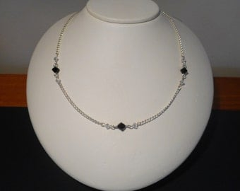 Crystal bead necklace - black and white