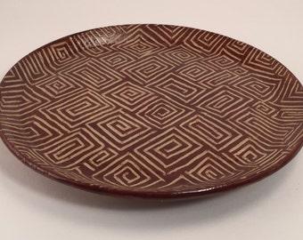 Saucer plate in dark brown