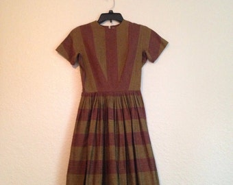 1950's L'Aiglon dress