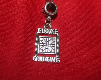 I love quilting necklace