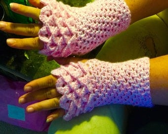 Dragon scale arm warmers