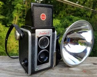 Kodak Duaflex II - Vintage camera w/ Flash and Case