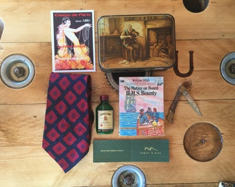 Vintage Gifts for Men, Groomsmen, Grooms, Fathers day, Birthdays and Anniversaries