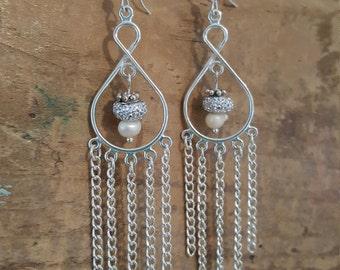 silver pearl chandelier earrings, chandelier earrings, pearl earrings, freshwater pearl earrings,tropical earrings