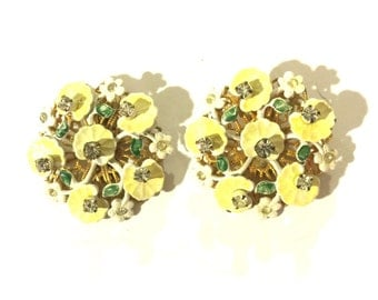 Signed LERU Yellow and white daisy flower rhinestone vintage clip on earrings