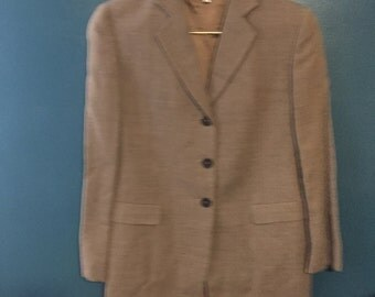 Well-tailored Georgio Armani women's blazer 1990s