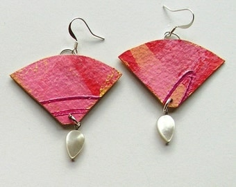 Pink and mother of pearl earrings