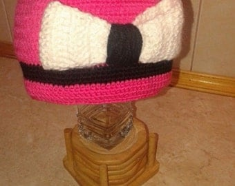 Hand knitted hat crochet pink
