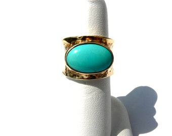 Bold Vintage Sleeping Beauty Turquoise 14K Yellow Gold Band Ring