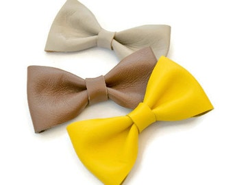 Yellow leather hair bow / Leather hair clip / Hair accessories for children / Yellow leather bow