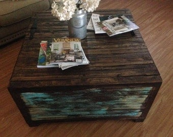 Free Shipping **Rustic, distressed, storage, painted, coffee table ***