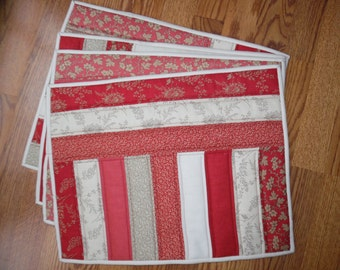 4 Place Mats Machine Pieced and Quilted