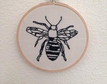 """Bee embroidery 5"""" hoop"""
