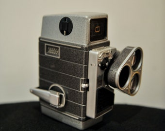 Bell & Howell Autoset Turret Vintage 8mm Cine Camera and Case - 1958 #80
