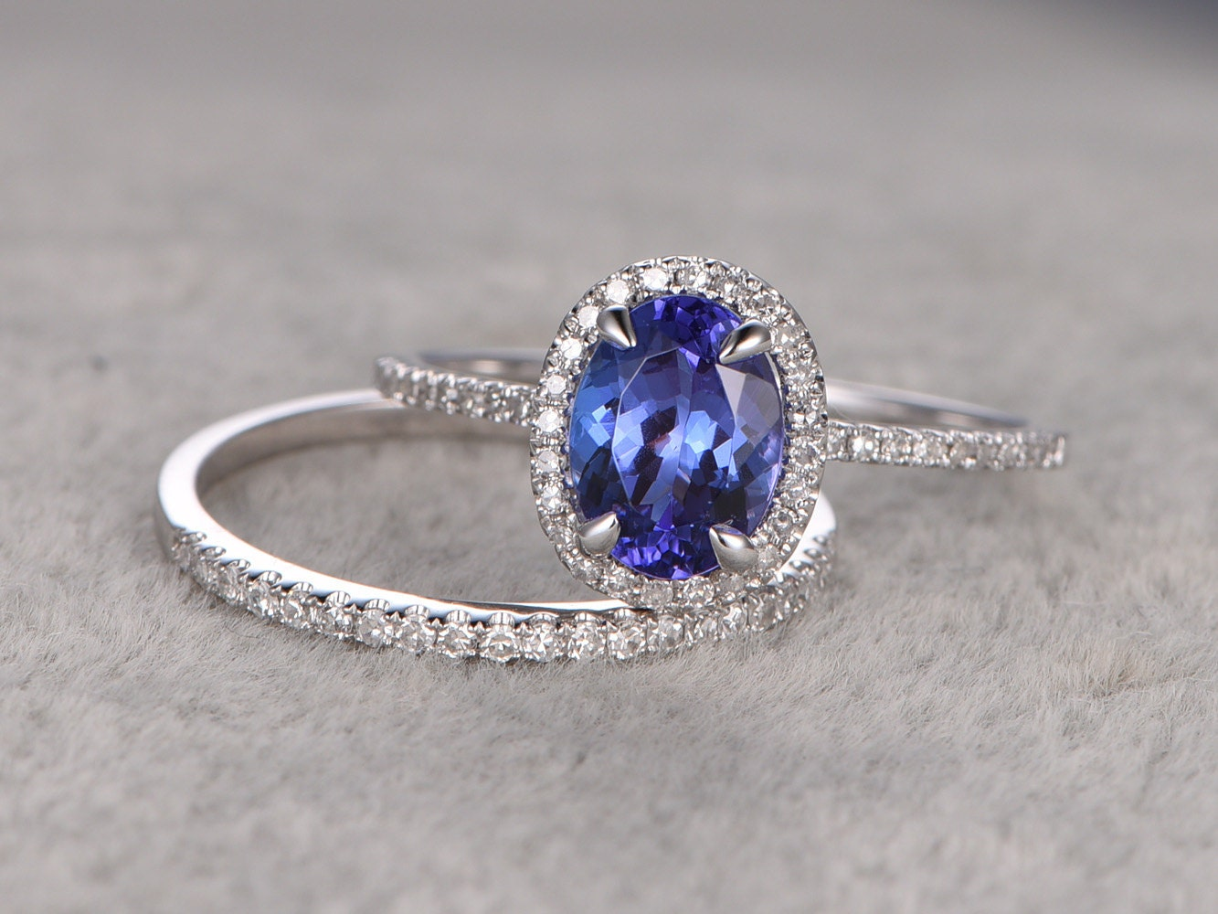 1.28ctw Oval Tanzanite wedding ring setsEngagement by popRing