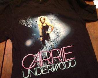 Carrie Underwood shirt - SM