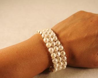 Cultured Pearl Stretch Bracelet