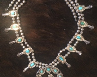 Vintage Authentic American Indian Sterling Silver & Turquoise Necklace