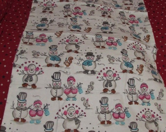 SNOWPEOPLE RECEIVING BLANKET