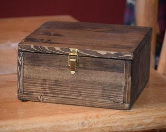 Medium keepsake box, memory box, baby memory box, anniversary box, decorative box, wooden box, wooden keepsake box
