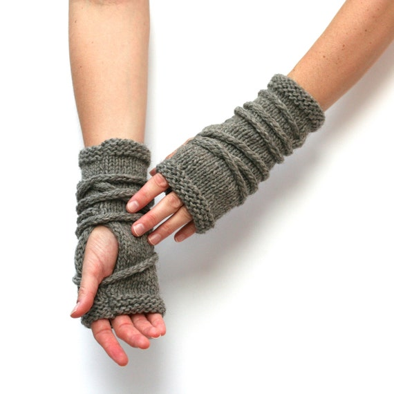 Knitting Pattern Gauntlet Gloves : Knitting Pattern - Wrap Gauntlets - Fingerless Gloves ...
