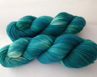 Socks wool superwash wool with nylon hand dyed