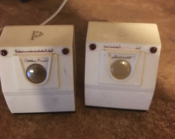 Antique Washer and Dryer Shakers