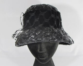 Vintage Womens 1950s Black Straw Pillbox Hat With Veil Union Made USA