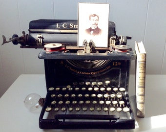 Rare! Vintage 1930s (1931) L.C. Smith & Corona Typewriter - Number 8 with 12 Inch Carriage - Functional - Office Desk Accessory
