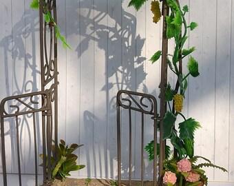 Arch garden for a dollhouse 1:12,miniature garden, dollhouse garden.