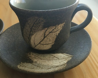 Studio pottery signed japanese ? Australian ?